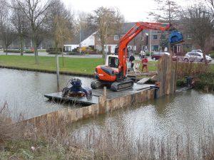 Hardhouten damwanden van Denzo does it all B.V.